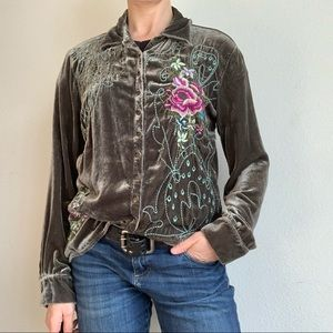 J. Jill floral embroidered snap button down top